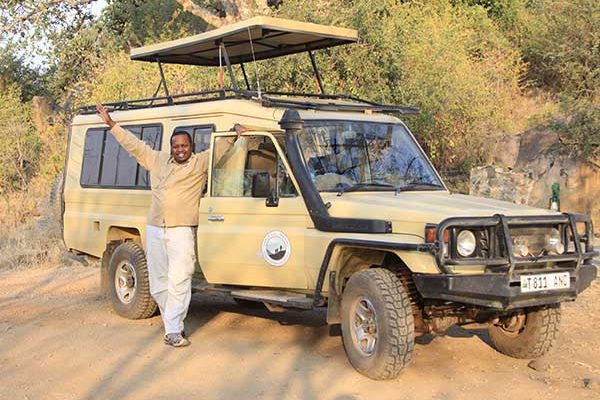 Safari guide, Comfort & WWTrek vehicle