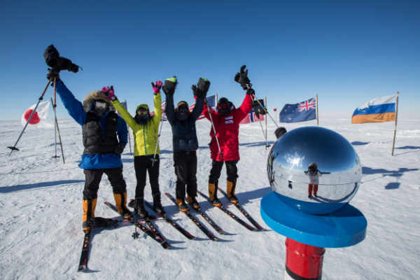 Skiers reach the South Pole!